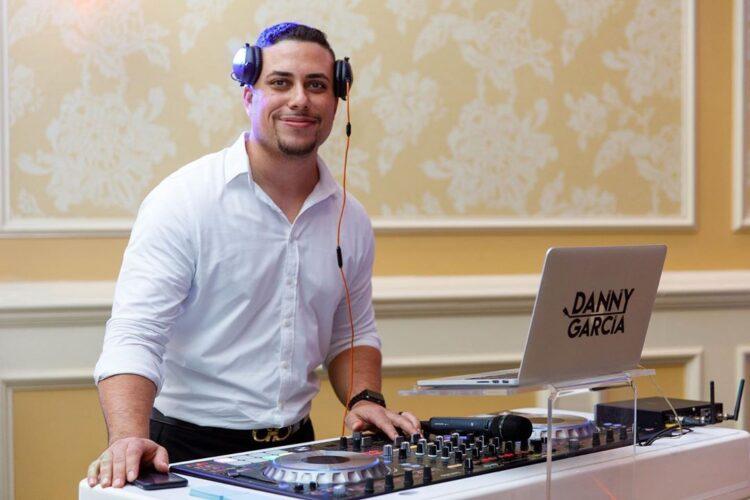 Orlando DJs and Wedding Music in Orlando